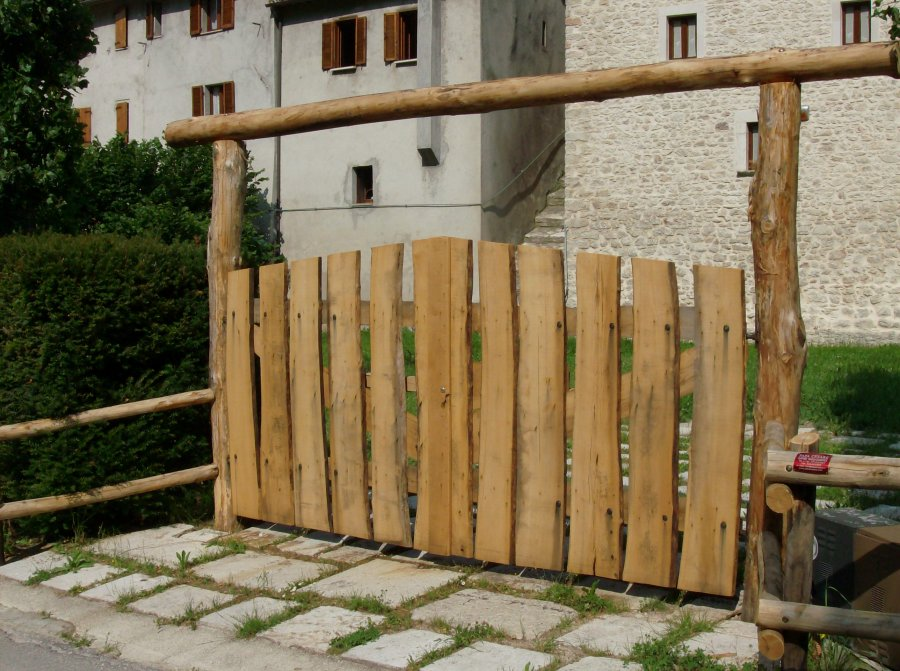 Cancello In Legno Per Esterno Giardino Giardino E Fai Da Te In ...